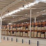 Las 10 maneras en que la iluminación LED industrial puede integrarse en tu negocio